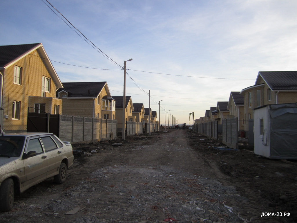 ул. Адмиралтейская, коттеджного поселка АДМИРАЛТЕЙСКИЙ